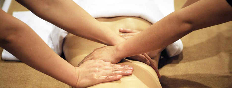 Four-Hands-Massage